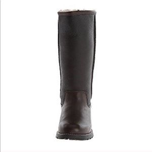 f2c0aef480b UGG Brooks genuine shearling lined Boots NWT